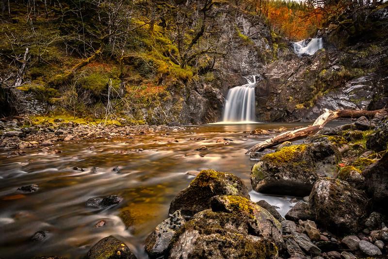 Eas Chia-aig Waterfall
