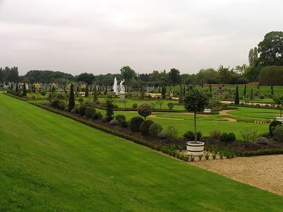 IMG_2182hampton court garden