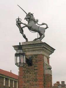 IMG_2152hampton court unicorn