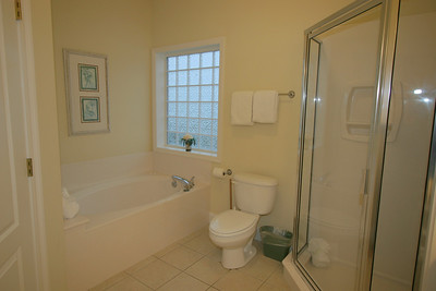 3rd floor master bath- gulf side
