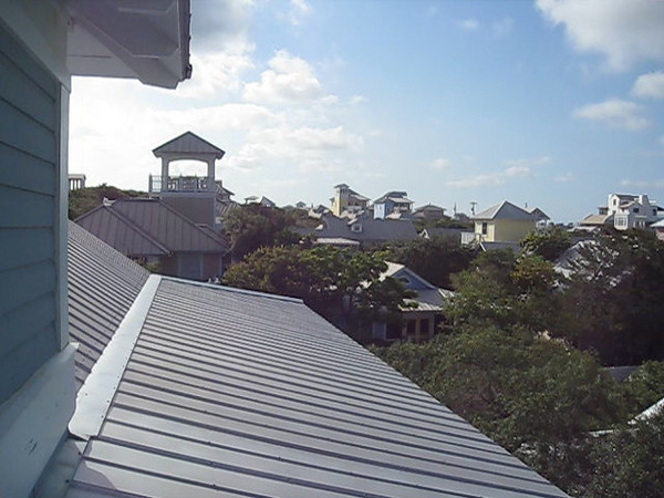 CLICK ON PICTURE TO VIEW VIDEO.<br /> <br /> VIEW OF SEASIDE FROM TOP OF HOUSE