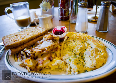 Breakfast (Smoked Salmon Omlet) at the Calico Cupboard in Anacortes, WA