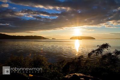 Sunrise in Anacortes, Washington (photo 08/2010)