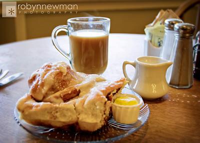 A really big cinnamon bun at Calico Cupboard in Anacortes, WA