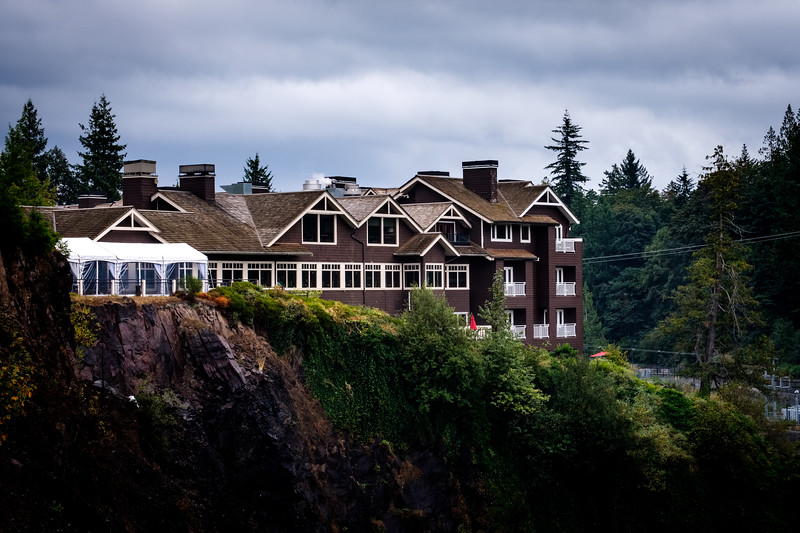 This lodge featured in Twin Peaks, so the tour driver said.