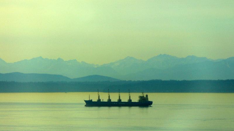 Seattle (zoom, auto contrast)