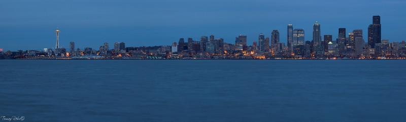 Public market, Seattle, USA skyline in the evening, Seattle, USA