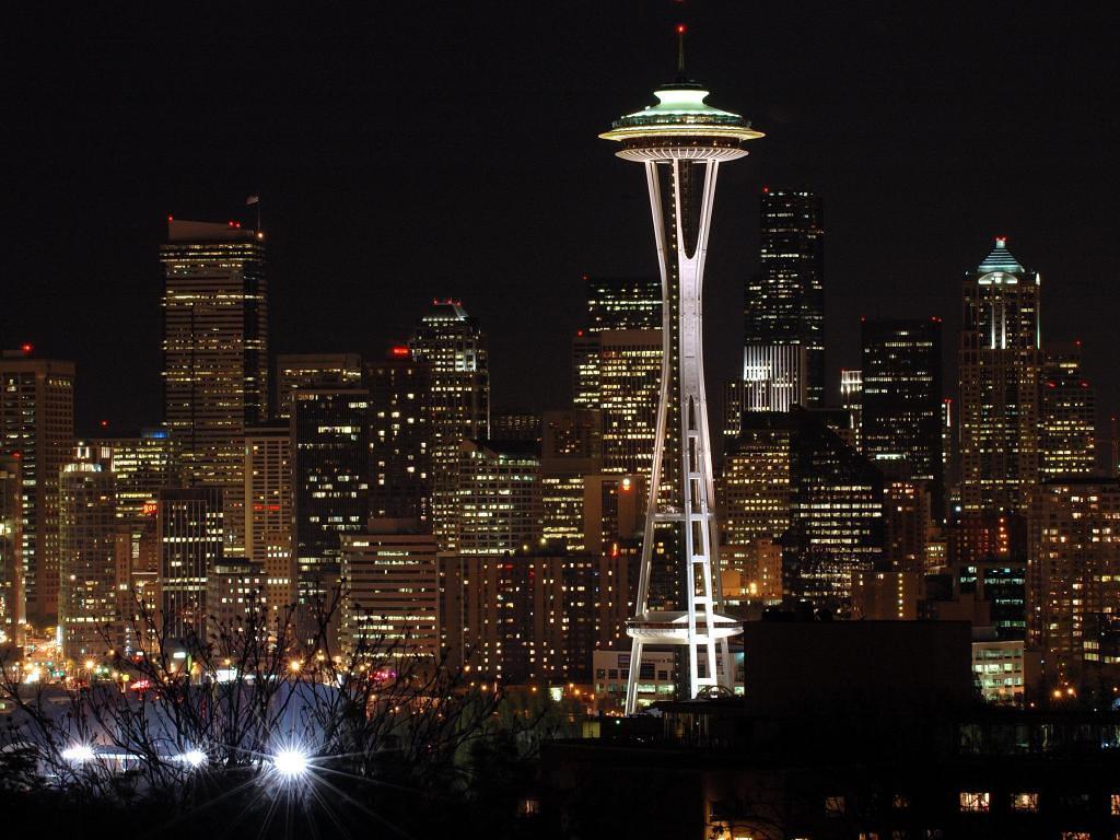 Seattle skyline from Kerry Park, Apr 2005