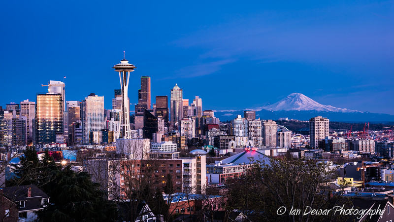 Seattle and The Mountain