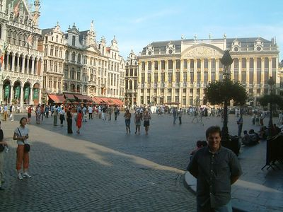 Ed + Grand Place