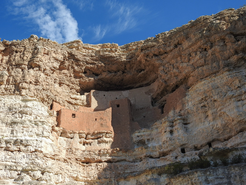 Our first stop was Montezuma Castle where Southern Sinagua farmers lived between 1100-1300.