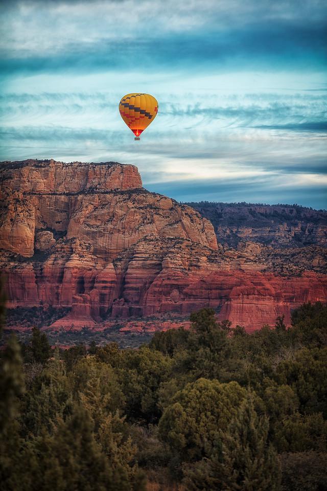 Ballooning over Boynton Canyon