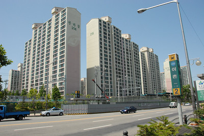 Some of the high rise apartments that most people in Seoul seem to live in.