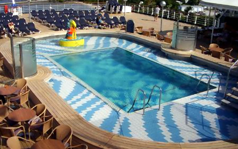 Another of the two Lido deck pools. (Beyond Ships file photo.)