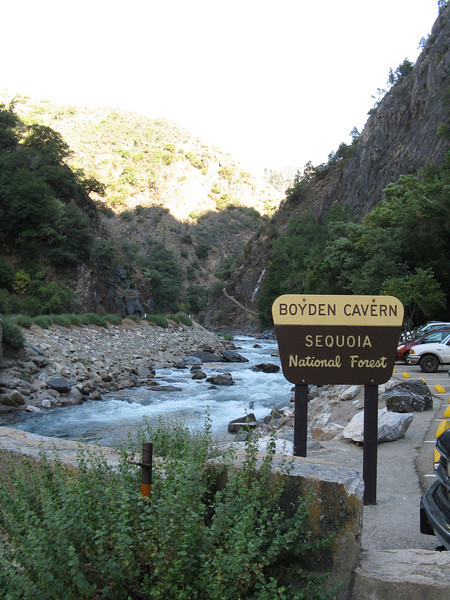 You can see the trail up to the cavern just to the left of the sign.