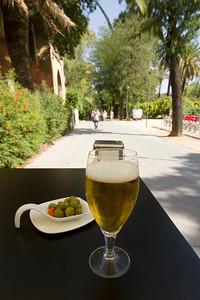 Beer 'n' olives