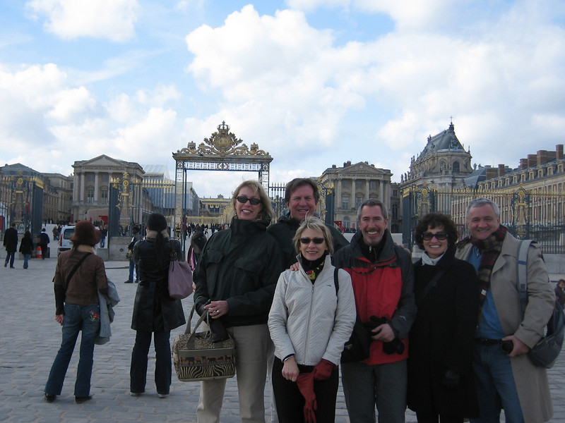 Paris was the halfway point to the Seychelles so we spent 3 days touring and meeting up with our old friends, Michael & Liz Black (Shanghai) now living in Rotterdam.  <br /> <br /> Here are the Asheys, Bairds and the Blacks at Versailles.