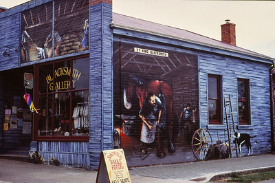 Wall Murals at Sheffield, 9 December 1995; , Sheffield, Tasmania, Australia. Photos by Des Thureson, scanned from 35mm transparencies.