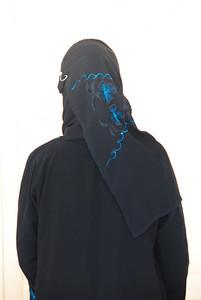 Look Rasha, new hijab.