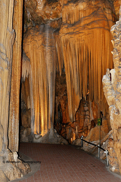 097 Rock Formations, Luray Caverns, Virginia