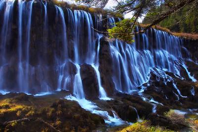 Pearl Shoal Falls in Jiuzhai Gou Park