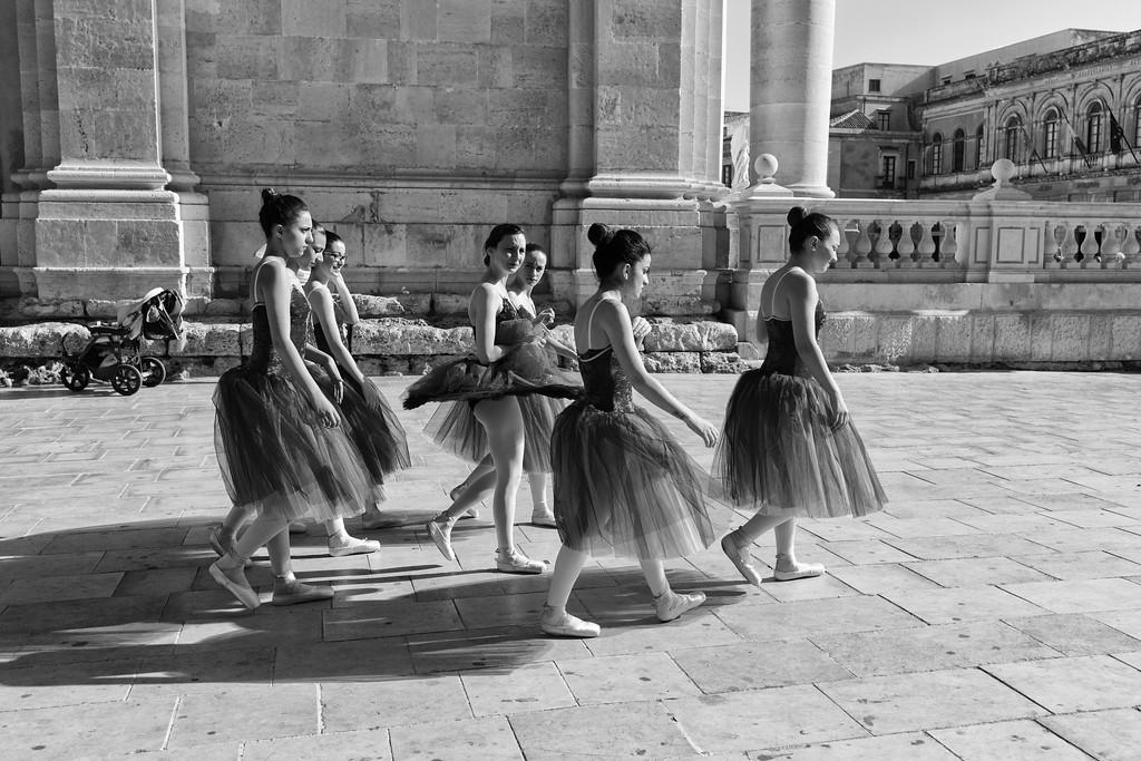 The ballerinas, Sicily
