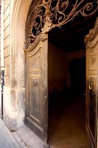 Old doorway, Ortygia