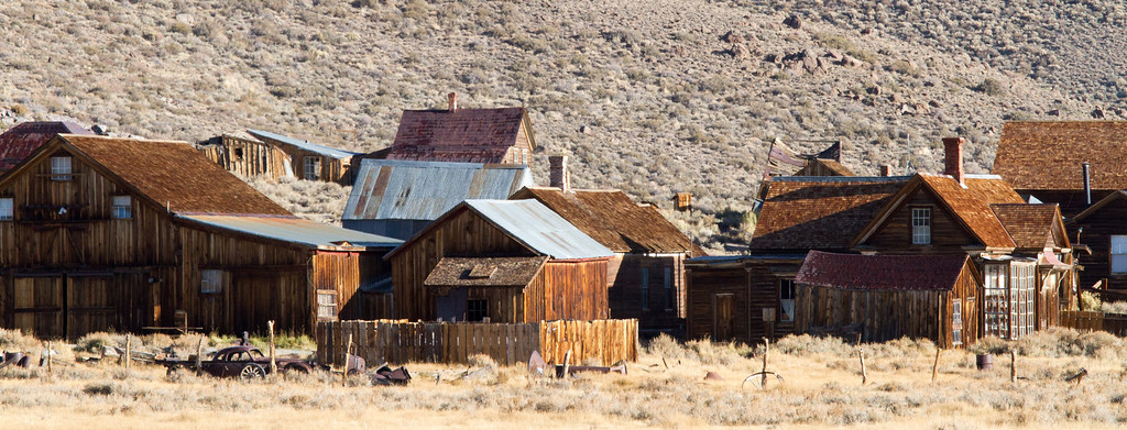 We visited Bodie, one of the best preserved ghost towns in the US. It is remote, harsh (20 deg below during winter with 20 feet of snow- over 110 deg in the summer)