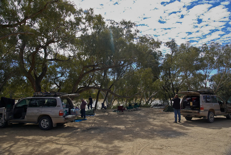 Camping on the Cooper Creek outside Innamincka
