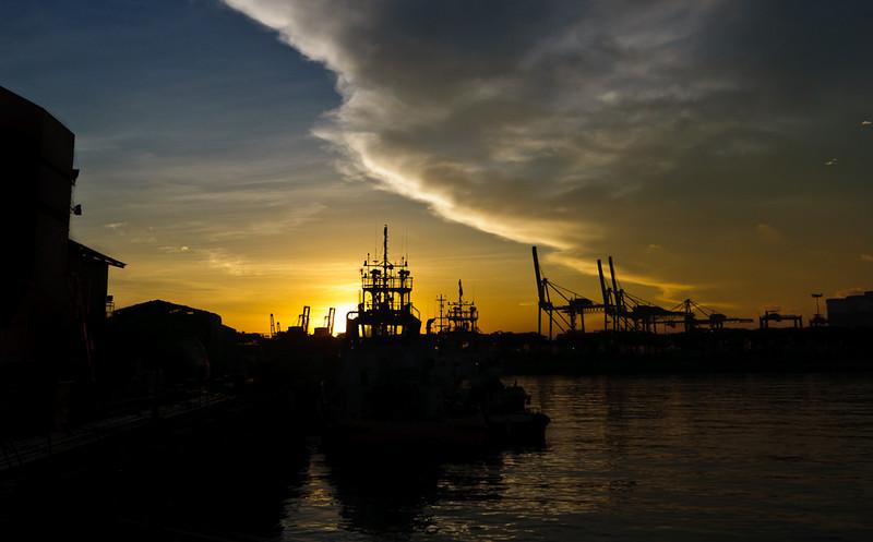 Morning break at Jurong Shipyard II