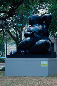 Botero Art Exhibition sculptures were seen in Singapore. Feb'2005. These were by well known Colombian artist Maestro Fernando Botero. Details http://www.nhb.gov.sg/sam/Artizen04.pdf