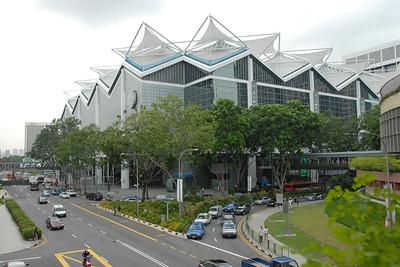 Suntec Singapore International Convention & Exhibition Centre (Chinese: 新達城新加坡國際會議展覽中心)  Suntec Singapore, at Marina Centre in Singapore with over 1 million square feet is located in the central business district of Singapore and has Asia's largest column-free space in the form of a multi-purpose convention hall with 12,000 square metres of space. The exhibition hall offers another 12,000 square metres of space, which can be subdivided into three smaller halls.