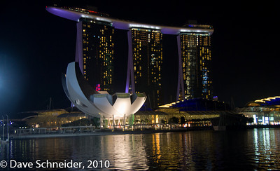 Marina Bay Sands hotel in the background