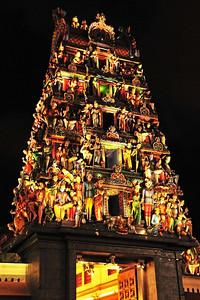 Sri Mariamman Temple in Chinatown