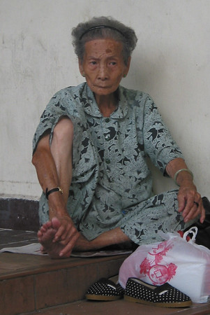 chinatown lady.jpg