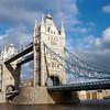Ten nejklasičtější pohled na Tower Bridge.