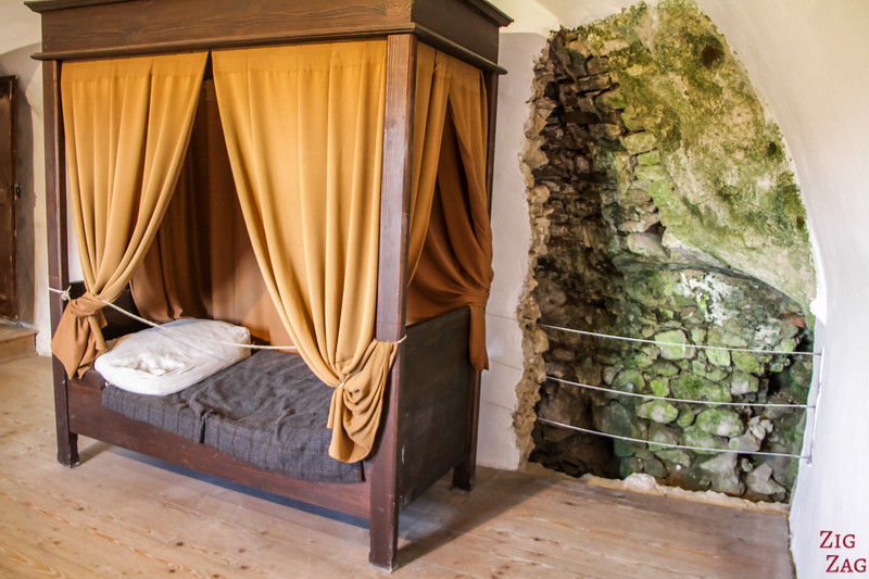 Slovenia Predjama Castle inside - bedrooms 2
