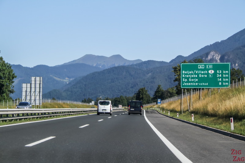 Driving in Slovenia Motorways