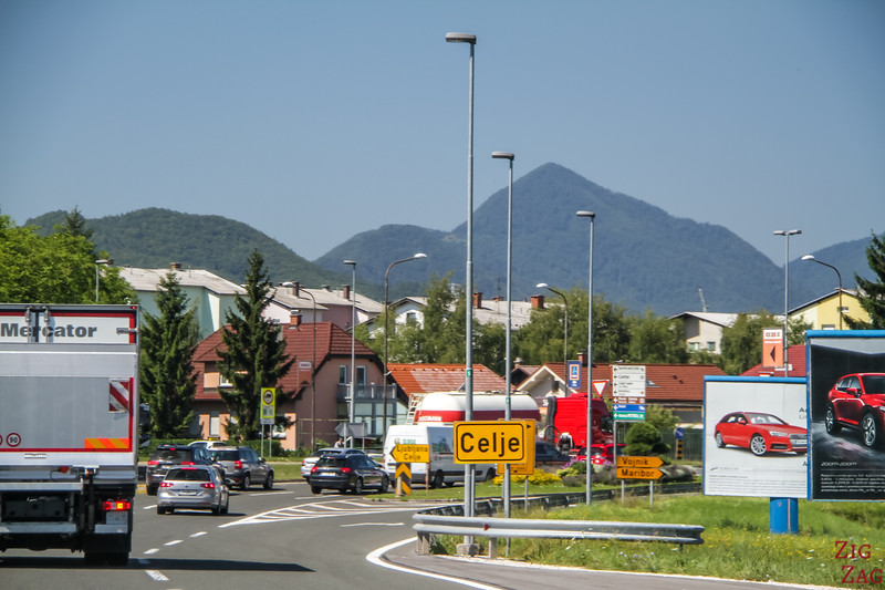 Driving in Slovenia cities