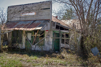 windyville-macks_store_04-14