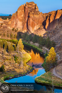 Smith Rock Morning Light. Smith Rock State Park - Terrebonne, Oregon.
