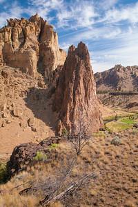 Smith Rock Canyon Trail View