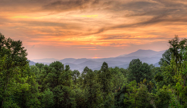 Sunrise at Monteray Point - Smoky Mountains National park.
