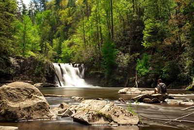 abrams-falls-hiker