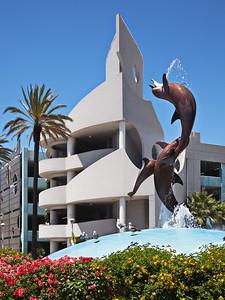 Traffic Circle Sculpture, Aquarium of the Pacific, Long Beach CA