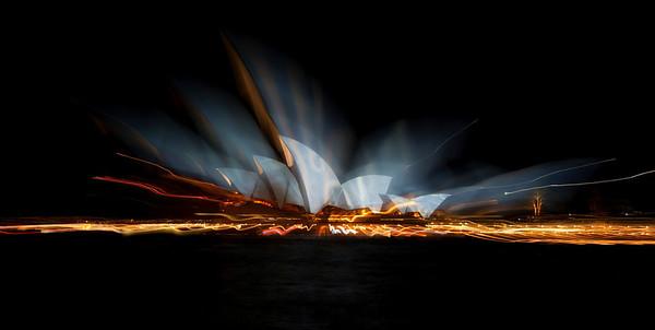 Sydney Opera House - Vivid Lightshow - Zoom burst