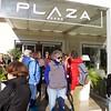 Sorrento: Hotel Plaza: Group ready to walk to bus