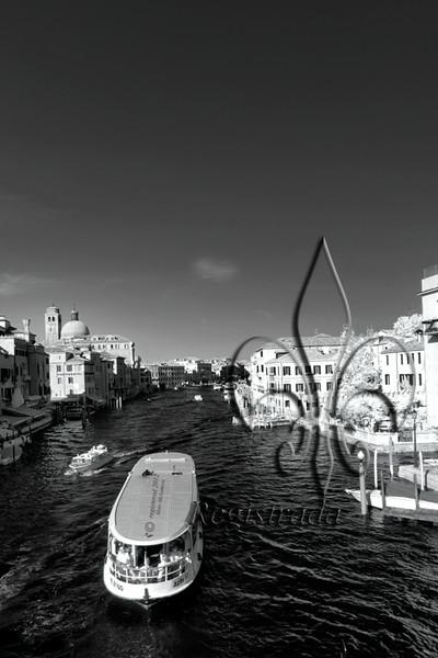 mass transit, Venetian-style