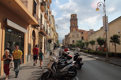 Town of Sorrento and one of its main streets.