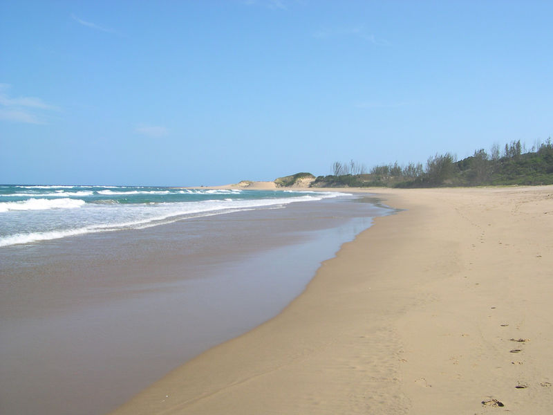 Looking the other direction along the beach.  There is almost no development along this part of the Indian Ocean.